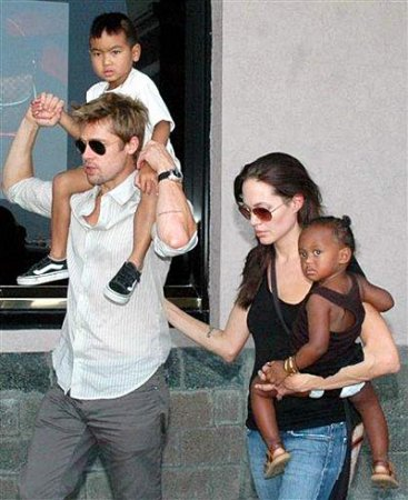 As sources say, Brad Pitt and Angelina Jolie