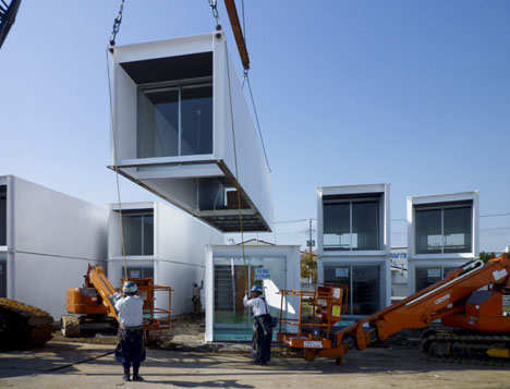 shipping-container-home-construction1